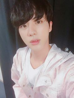 Jin ❤ [BTS Trans Tweet] 콘서트 잘 하고 올게요! / I'll do well at the concert! #BTS #방탄소년단
