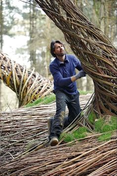 Olivia Katrandjian: On The Grounds Of Floriade, The Willowman Lives In His Art (PHOTOS)