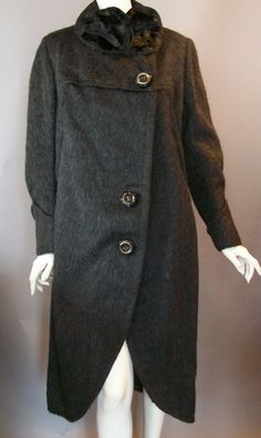 It's so rare to find vintage clothing from the 1920s that is in such great condition and perfectly wearable. Description from debutanteclothing.com. I searched for this on bing.com/images