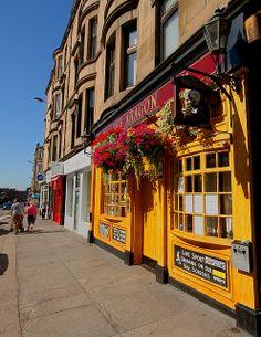 The Aragon pub Byres Road Glasgow Scotland Uk, England And Scotland, Edinburgh Scotland, Scotland Travel, Glasgow Pubs, England Ireland, Highlanders, British Isles, Guinness