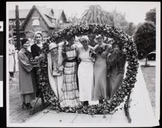 The pansy ring, USC, ca. 1933 :: University of Southern California History Collection