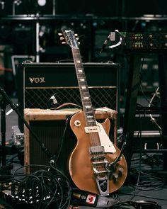 Dan Lanois' 1957 Gibson Les Paul Goldtop