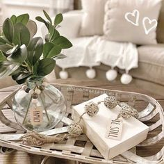 Tobacco baskets can be used in many creative ways in order to bring that farmhouse decor feeling to any part of your house.