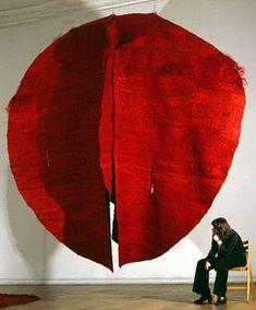 Znalezione obrazy dla zapytania magdalena abakanowicz tkanina