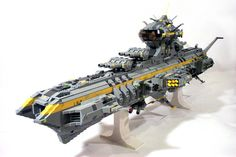 Lego Starcruiser, reminds me of battlestar galactica Legos, Niklas, Lego Sculptures, Lego Army, Lego Ship, Lego Spaceship, Amazing Lego Creations, Lego Craft, Lego Mechs