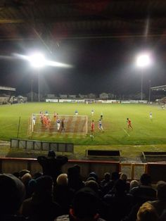 Portadown v Linfield 12.2.2016  https://analogueboyinadigitalworld.wordpress.com/2016/02/13/portadown-2-1-linfield-12-2-2016/