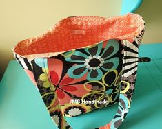 How to Make a Simple Tote Bag - JMB Handmade Patchwork Bags, Quilted Bag, Patchwork Patterns, Quilt Patterns, Sewing Patterns, Easy Tote Bag Pattern Free, Free Pattern, Diy Tote Bag, Tote Bags