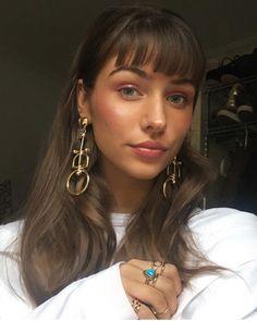 Pinterest: DEBORAHPRAHA ♥️ statement earring #gold #jewelry