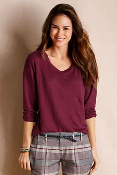 Outfit 3: Women's Slouchy Linen Tee from Lands' End Canvas in Shiraz. This tee looks so light, and slouchy in all the right places! #CanvasChinos
