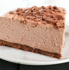 tarta-de-mousse-de-chocolate-en-un-plato