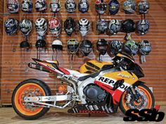 2007 Honda CBR1000RR Repsol Professional Motorcycle Fairing & Aftermarket Parts Online Retailer in China.Welcome to Visit us: http://www.neverland-motor.com/