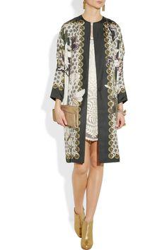 Biyan printed silk coat. Use a silk panel or border print to create a similar effect. #moodfabrics#Biyan#Silk