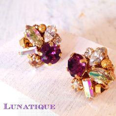 Bijou-No.7   size:L【スワロフスキービジューピアス】紫でもけばけばしくならず、落ち着いた輝きです。光の加減で七色に光るルミナスグリー... ハンドメイド、手作り、手仕事品の通販・販売・購入ならCreema。