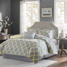 Madison Park Essentials Reversible Concord Grey/ Yellow Complete Bed and Sheet Set