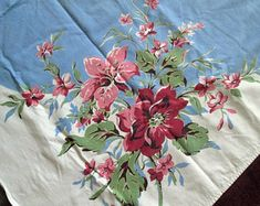 Vintage 1940s - 50s Tablecloth, Mint Condition