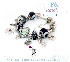 Que tal montar uma pulseira com todos os seus amuletos?  #charms #amuletos #sorte #berloques compatíveis com #vivara e #Pandora