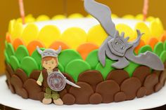 Viking and Dragon Party by Festa das Comadres. #festadascomadres #dragoncake