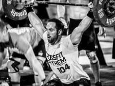 Crossfit Men, Crossfit Motivation, Crossfit Athletes, Rich Froning, Crossfit Photography, Olympic Weightlifting, Calisthenics, Powerlifting, Get In Shape
