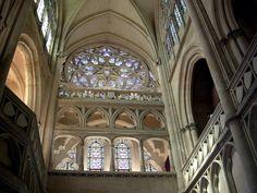 Chapel in the Chateau de Pierrefonds Saint Chapelle, Dome Ceiling, Château Fort, Oise, Second Empire, Gothic Architecture, Paris, Beautiful Buildings, Middle Ages