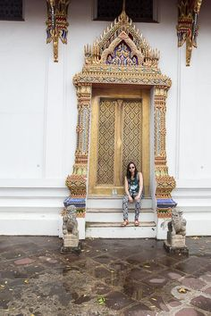 SHER SHE GOES - Wat Pho temple in Thailand