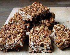 Crunchy granola bar recipe.
