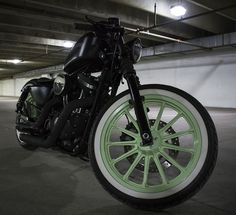 Chris's bad-ass Iron w/ DK Custom Naked Transparent Outlaw HiFlow 587 Intake & much more!