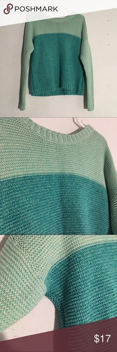 Forever 21 Colorblock Knit Sweater Size: medium, ask for more measurements // teal or turquoise color • warm knit sweater • no flaws Forever 21 Sweaters Crew & Scoop Necks