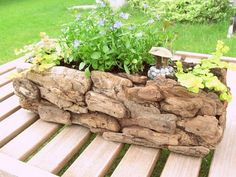 DIY Zen-Like Mini Driftwood Garden Planter