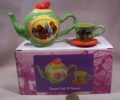 New Wizard of OZ Tea Pot and Cup S
