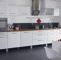 avis cuisine castorama ouverture dominicale pourquoi leroy merlin et castorama chappent. Black Bedroom Furniture Sets. Home Design Ideas
