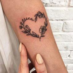 #TattooIdeasFemale