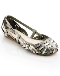 Mary Flats... Wow! I might honestly be able to wear these!