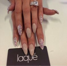 ahhhh how pretty nude nails with swarovskis are!