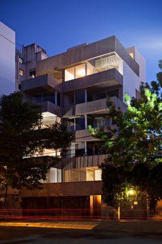 ARQA - Edificio Charlone 960