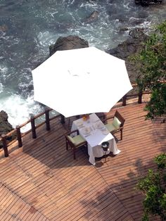 Romantic lunch at Capella Ixtapa in Ixtapa - Zihuatanejo, Mexico #romance #romantic #hotel #travel #Mexico