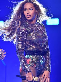 HOUSTON, TX - JULY 18:  Beyonce performs during the