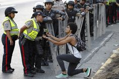 29 Heartbreaking Images From The Protests In Venezuela