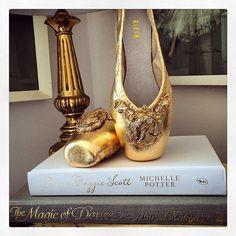 Vintage inspired gold leaf pointe shoes @ausballet @blochau #TABgold #ausballet #bloch #pointeshoes #goldleaf #ballet