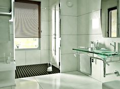 [ Bath Design Ideas Small Bathroom Design Ideas Bathroom Interior Design Small Bathroom Ideas Pictures ] - Best Free Home Design Idea & Inspiration Small Bathroom Tiles, Wainscoting Bathroom, Bathroom Design Small, Simple Bathroom, Bath Design, Bathroom Interior Design, Modern Bathroom, Home Design, Modern Shower