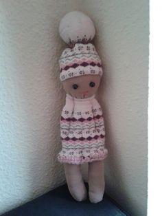 Muñeco hecho con dos calcetines