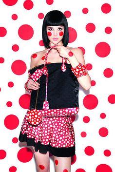Коллекция для Louis Vuitton  Яёи Кусама (Yayoi Kusama) – японская художница. Биография, картины: http://contemporary-artists.ru/Yayoi_Kusama.html