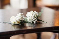 Heather & Andy's contemporary classic white winter wedding