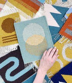Weaving Art, Tapestry Weaving, Loom Weaving, Hand Weaving, Tapestry Design, Woven Wall Hanging, Weaving Techniques, Texture Design, Woven Rug