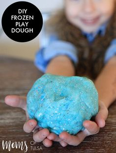 Sharing a frozen playdough recipe on Moms of Tulsa. The perfect winter activity for your Frozen fan!