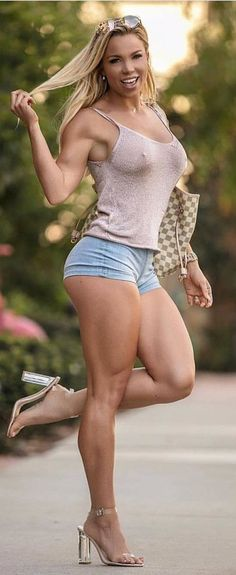 Hot legs Fucking girls shorts