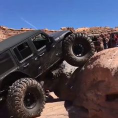 Amazing photo - see our site for more good tips! Auto Jeep, Jeep Tj, Jeep Truck, Chevy Trucks, Lifted Trucks, Jeep Wrangler Rubicon, Jeep Wrangler Unlimited, Off Road Camper Trailer, Jeep Baby