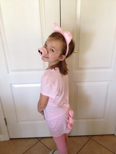 Do it yourself childrens pink pig halloween costume for under 15 made a pig costume for my daughters school play super simple too just need solutioingenieria Gallery