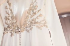 "Una boda ""Do It Yourself"" en una finca de Madrid Book Aesthetic, Beaded Embroidery, Formal Dresses, Wedding Dresses, Lace, Clothes, Madrid, Death, Instagram"