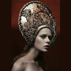 my headpiece by @avine_  model @rinaafast /@ultramodelsagency , mua @yano4kamakeup #agnieszkaosipa #russiangirl #headpiece #kokoshnik #headgear #crown #golden #ornaments #jewellery #embroidery #beads #crystals #pearls #portrait #beauty #slavic #makeup #glam #fashion#handcrafted #handmade