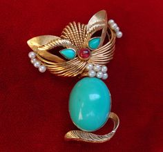 14K YELLOW GOLD CAT FELINE PIN W TURQUOISE CABOCHON BODY, RUBY & PEARL ACCENTS